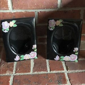 2 Beautiful 5x7 Picture Frames